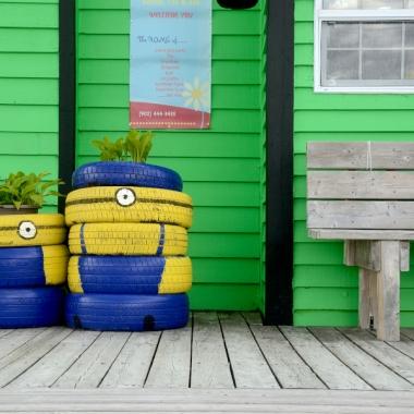 minion, bench, colour, color, tires, deck
